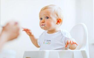 Ребёнок икает после кормления